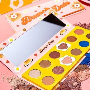 "Zoella ""brunch date "" pallette"